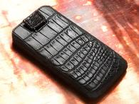 BlackBerry Torch 9800 Croco-black 2